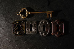 葡萄酒锁和钥匙 库存照片