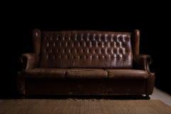 葡萄酒长沙发 免版税库存图片