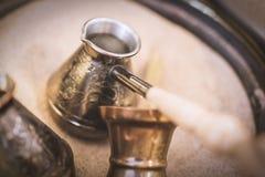 葡萄酒雕刻了烹调的咖啡特写镜头2火鸡 库存图片