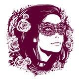 葡萄酒面具的女孩与用花装饰的头发 图库摄影