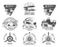 葡萄酒飞机象征 双翼飞机标签 减速火箭的平面徽章,设计元素 航空集邮 Airshow商标 免版税库存照片