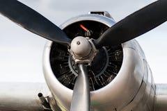 葡萄酒飞机DC 3引擎 库存照片