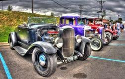 葡萄酒20世纪30年代美国人福特旧车改装的高速马力汽车 库存图片