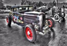 葡萄酒20世纪30年代美国旧车改装的高速马力汽车 免版税库存照片