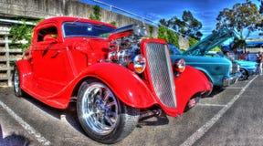 葡萄酒20世纪30年代美国旧车改装的高速马力汽车 免版税库存图片