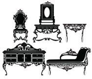 葡萄酒巴洛克式的家具设置与豪华装饰品 免版税库存图片