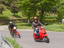 葡萄酒滑行车和摩托车 库存照片