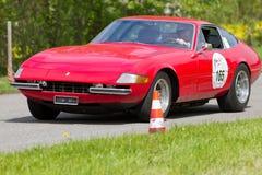 葡萄酒Ferrari 365从1969年的GTB IV 免版税库存照片