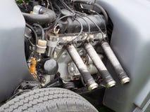 葡萄酒hotrod六圆筒引擎 库存图片