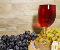 葡萄静物画,木桌熟食秋天 库存图片