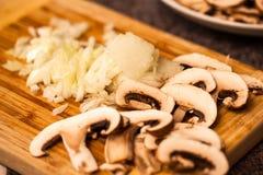 葱和蘑菇 库存照片