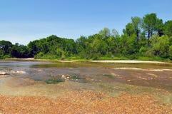 葱小河在Mckinney落国家公园,奥斯汀得克萨斯 免版税库存图片