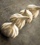 葱属丁香丁香新鲜的大蒜 免版税库存图片