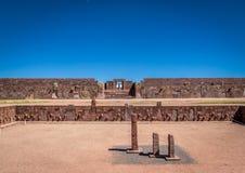 蒂亚瓦纳科Tiahuanaco,哥伦布发现美洲大陆以前考古学站点-拉巴斯,玻利维亚废墟  库存图片