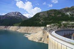 蒂涅水坝法国 免版税库存图片