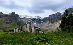 蒂涅滑雪胜地在法国 免版税库存照片