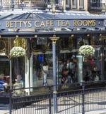 贝蒂的咖啡馆在Harrogate,北约克郡 库存图片