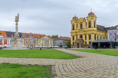 蒂米什瓦拉,罗马尼亚-细节10月15日, 2016在联合正方形和天主教主教制度的教会的三位一体雕象 库存照片