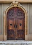 蒂米什瓦拉- 2016 10月15日,天主教主教制度的教会的门在蒂米什瓦拉,罗马尼亚 库存照片