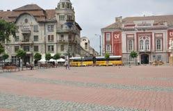 蒂米什瓦拉RO, 6月21日:从自由广场的无线电城市大厦在从巴纳特县的蒂米什瓦拉镇在罗马尼亚 库存照片