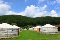 蒙古家庭的yurts 免版税库存图片