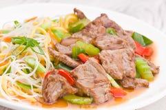 蒙古面条用牛肉 库存图片