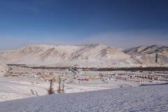 蒙古高原在冬天 库存图片