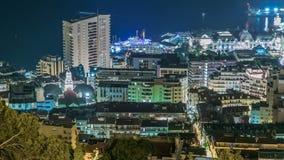 蒙地卡罗,摩纳哥与大厦和交通屋顶的夜timelapse都市风景在路 股票视频