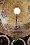 蒙塞利切,意大利- 2017年7月13日:别墅Dudo和圣乔治教会  内部 图库摄影