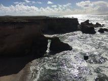 蒙大拿De Oro加利福尼亚自然桥梁拱道剪影 免版税库存照片