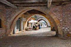 蒙帕齐耶村庄,在多尔多涅省Périgord地区,法国 r 免版税库存图片