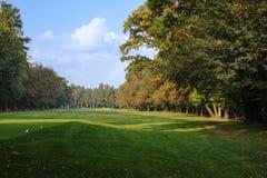 蒙扎意大利:秋天的,高尔夫球场公园 免版税库存照片