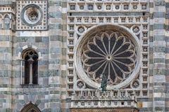 蒙扎, ITALY/EUROPE - 10月28日:猫的大圆的窗口 免版税图库摄影