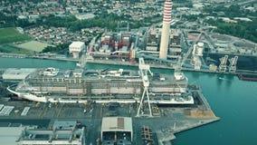 蒙法尔科内,意大利- 2017年8月9日 现代游轮在Fincantieri的MSC Seaview鸟瞰图建设中 免版税库存图片