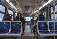 蒙特利尔公共汽车的内部 库存图片