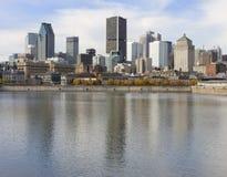 蒙特利尔地平线和圣劳伦斯河 免版税库存图片