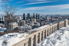 蒙特利尔地平线在冬天2018年 免版税库存图片