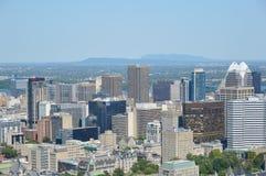 蒙特利尔地平线在夏天 免版税图库摄影