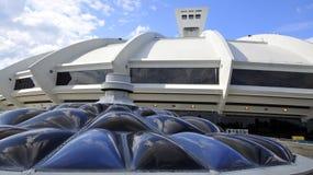 蒙特利尔奥林匹克体育场和塔 免版税库存图片