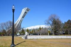 蒙特利尔奥林匹克体育场和塔 免版税库存照片