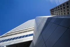 蒙特利尔,加拿大摩天大楼的角落,采取在魁北克的主要城市的中心商业区 图库摄影