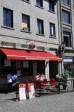 蒙特利尔, 6月26日:从云香圣保罗的古老餐馆大阳台在蒙特利尔的中心Ville在加拿大 免版税库存照片