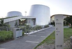 蒙特利尔, 6月27日:公园奥林匹克与从蒙特利尔的里约Tinto Alcan天文馆在魁北克加拿大省 免版税库存照片