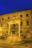 蒙特普齐亚诺-新生小山镇在托斯卡纳,意大利 免版税库存照片