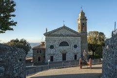 蒙达奇诺, TUSCANY/ITALY :2016年10月31日:玛丹娜del Soccorso的教会在蒙达奇诺 Val D ` Orcia托斯卡纳 库存图片