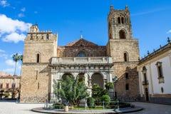 蒙雷阿莱大教堂,在巴勒莫附近,意大利 免版税库存图片