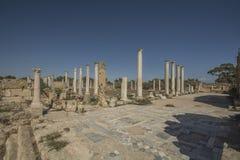 蒜味咸腊肠古老罗马站点在塞浦路斯 图库摄影