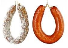 蒜味咸腊肠和kolbash香肠 免版税库存照片
