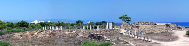 蒜味咸腊肠废墟全景临近Famagusta 免版税库存图片
