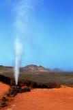 蒸汽喷泉在Timanfaya公园Lanzarote 库存图片
